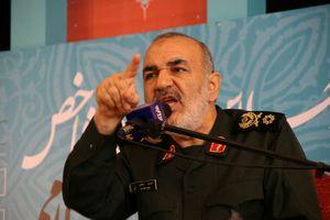 هشدار سردار سلامی به عاملان و حامیان ترور شهید فخریزاده