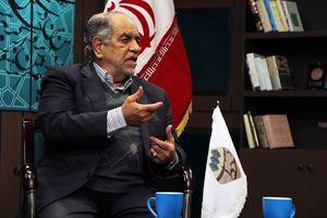 روحانی در انتخابات حضور می یابد/  حقوق من 10 میلیون است/ اعضای دولت روی موضوعاتی که توافق میکنند، در اجرا همسنگ نیستند/ کرسنت، قرارداد غلطی است/  اگر روحانی را در مناظرهها به هیجان نمیآوردند، شانس بالایی نداشت