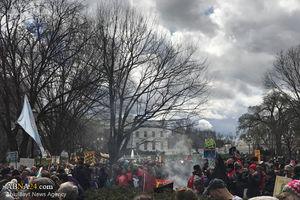 تجمع بومیان آمریکا مقابل کاخ سفید +عکس