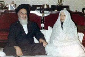 همسر امام خمینی: زن بهاندازه مرد آزاد است