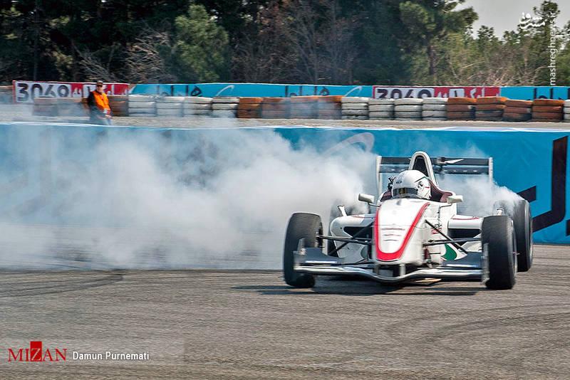 نخستین خودرو مسابقه ای کلاس فورمول3 در ایران