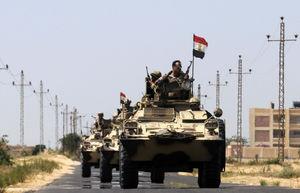 کشته شدن ۱۰ نظامی مصری در حمله مسلحانه در رفح