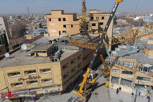 عکس/ سقوط جرثقیل در همدان