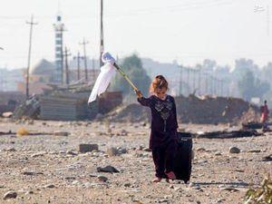 کوچ یک کودک از شهر جنگزده خود در عراق