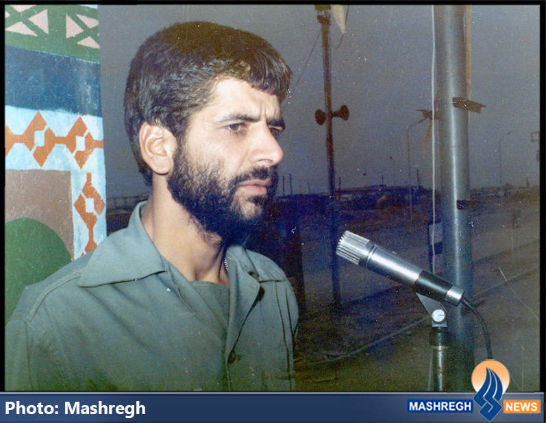 حاج عباس کریمی در میدان صبحگاه دوکوهه