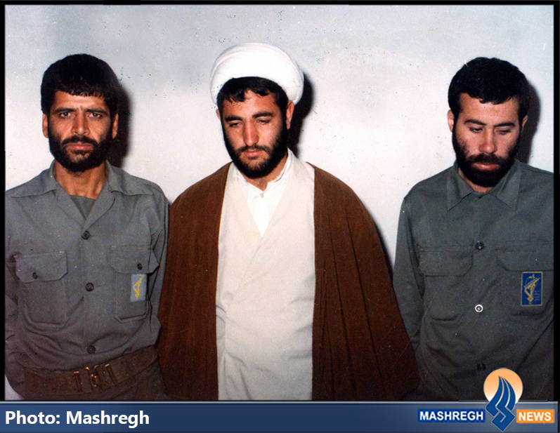 حاج عباس کریمی در کنار شهید حاج مجید رمضان و حجت الاسلام ذوالنور