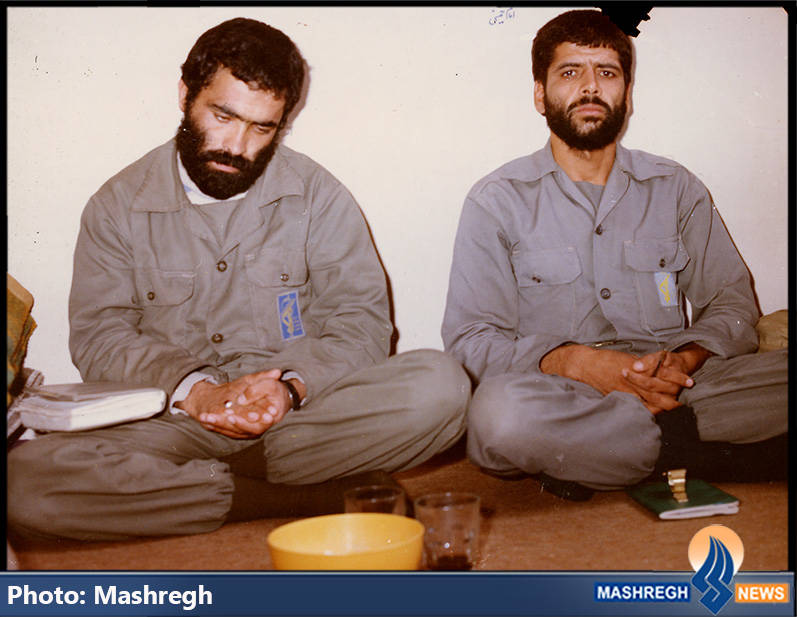 حاج عباس کریمی در کنار مرتضی قربانی