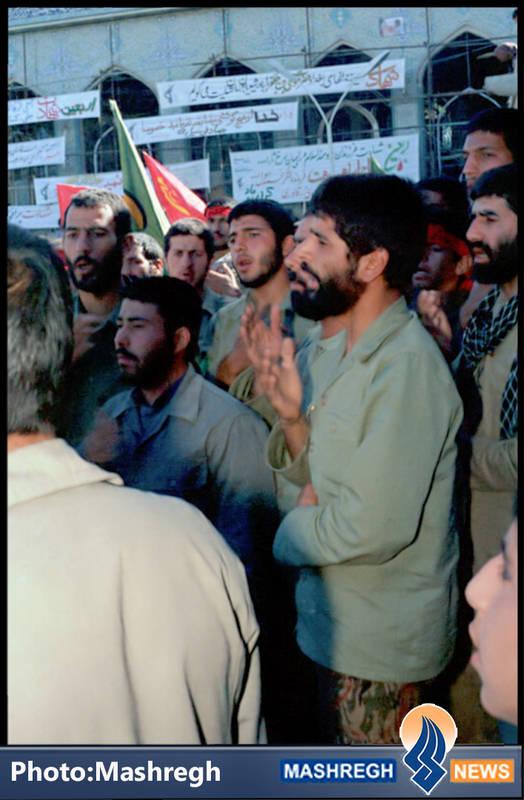 شهید حاج عباس کریمی در مراسم شهادت حاج همت