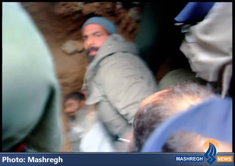 استقرار شهید حاج عباس کریمی قهرودی در آرام گاهش در بهشت زهرای تهران