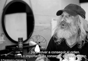 عکس/ آرایشگاه رفتن مرد بیخانمان بعد از ۲۵ سال