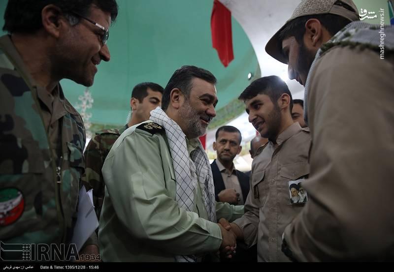 حضور فرمانده نیروی انتظامی در جمع زائران راهیان نور