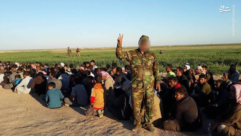 ساماندهی آوارگان موصل توسط نیروهای بسیج مردمی