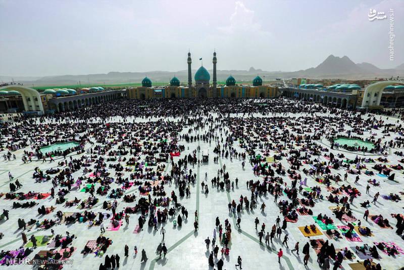 مراسم تحویل سال نو در مسجد مقدس جمکران