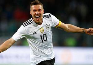 پیروزی آلمان بر انگلیس/ وداع باشکوه پودولسکی با یک گل زیبا +فیلم