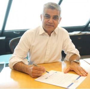 شهردار لندن: حمله به نمازگزاران تروریستی بود
