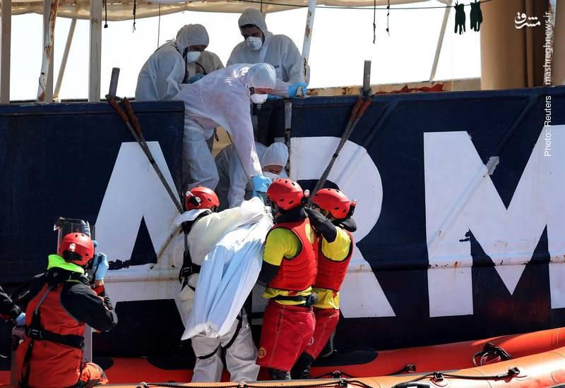 نگرانی از مرگ احتمالی بیش از 200 مهاجر در دریای مدیترانه پس از واژگونی دو قایق