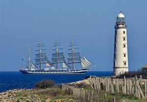 بازدید از قایق تاریخی کروزنشترن در جامجهانی روسیه
