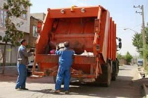 کامیون حمل زباله جان کارگر پلدختری را گرفت