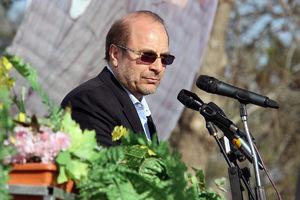 پیدا شدن گنج در خرابه قالیباف؛ کار 95 درصد تهران تمام است/ مردمی که به روحانی رأی دادند تحمل کنند ولی من استعفا میدهم!