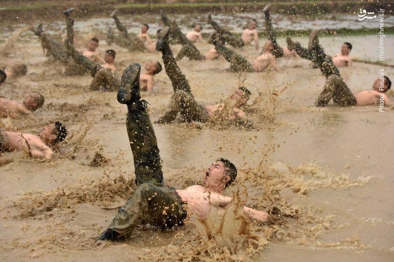 تمرین شبهنظامیان چینی در منطقه خودمختار گوانگژی ژوانگ