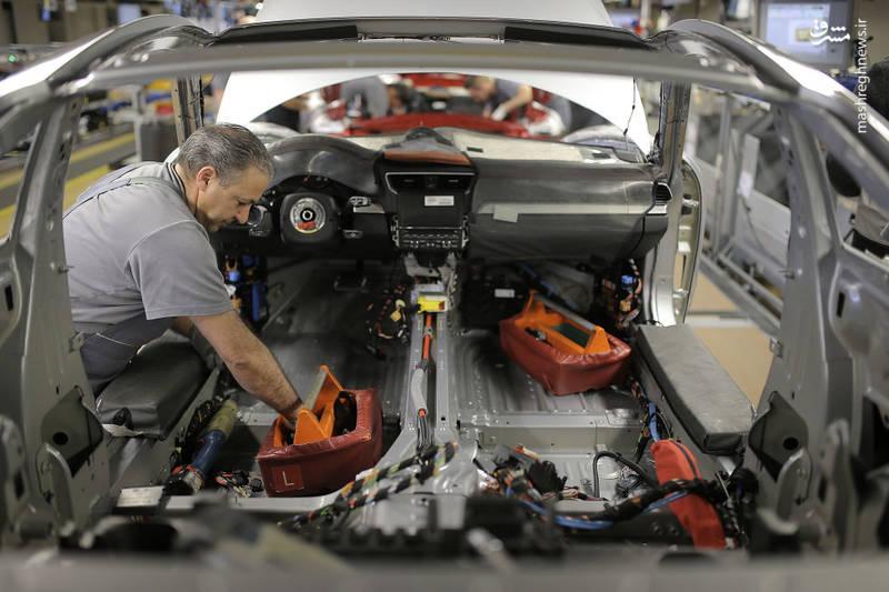 مقایسه خودروسازان کارخانه پورشه قیمت انواع پورشه خودروساز آلمانی بزرگترین خودروسازان دنیا اشتوتگارت آلمان اخبار صنعت خودروسازی ابر کارخانه