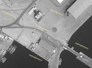آخرین وضعیت ساخت پایگاه نظامی «روباه پیر» در بحرین/ شناورهای تهاجمی انگلیس پهلو گرفتند +تصاویر ماهوارهای