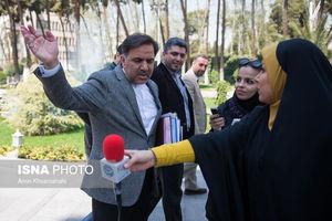 انتخابات تمام شد، آخوندی دستبردار نیست