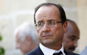 اولاند: به خاطر فرانسه به ماکرون رای بدهید
