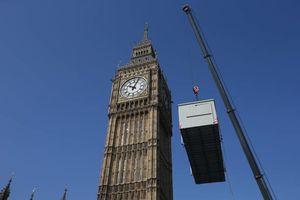 عکس/ تعمیر بزرگترین برج ساعت جهان
