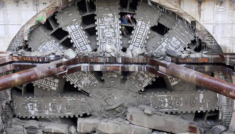 یکی از بزرگترین دستگاههای حفر تونل جهان در واشینگتن که از رده خارج شده است