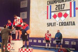 علی مرادی مدال طلا را بر گردن رقیب سلیمی انداخت!