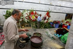 عکس/ آماده سازی حرم علوی برای جشن میلاد مولای متقیان