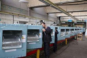 تصویری جالب از حمل تولیدات کارخانه ارج برای صادرات به اردن