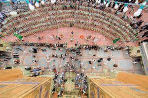 عکس/ جشن میلاد حضرت علی(ع)در حرم علوی