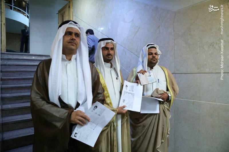 ثبت نام داوطلبان ریاست جمهوری با لباس عربی