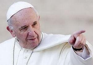 پاپ: قاچاق انسان، برده داری مدرن است