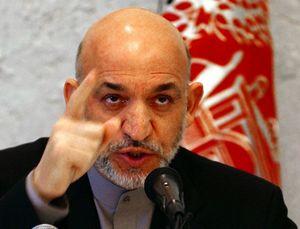 کرزی: آمریکا از افغانستان خارج نمیشود