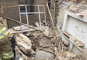 محبوس شدن ۲ کارگر در زیر آوار ساختمانی در تهراننو + تصاویر
