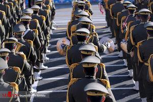 مراسم رژه نیروهای مسلح ارتش جمهوری اسلامی ایران