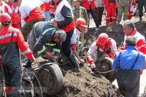 عکس/ پیدا شدن پیکر یکی از قربانیان سیل آذربایجان