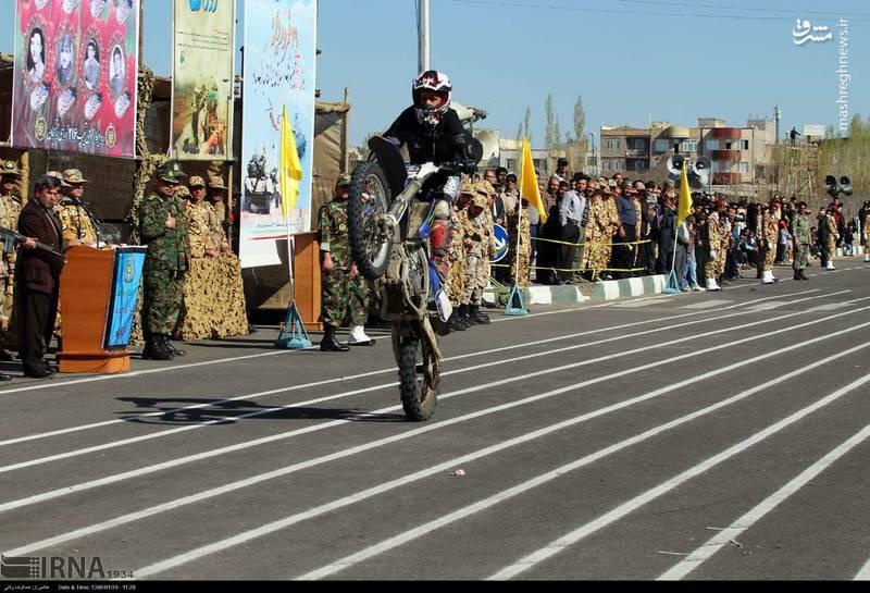 رژه روز ارتش در زنجان