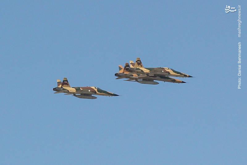 دسته پروازی سه فروندی صاعقه یک به رهبری صاعقه 2