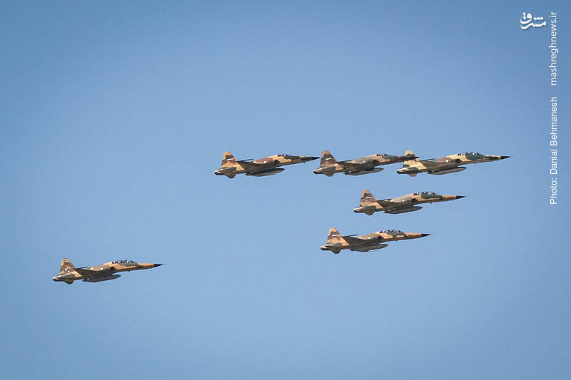 دسته شش فروندی از جنگنده بمب افکن های F-5E و F-5F تایگر