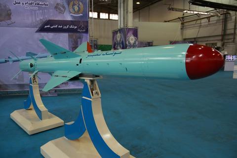 تلفیق هوشمندانه موشکهای دریایی چین و روسیه  نسل جدید کروزهای ایرانی با  نصیر  رونمایی شد  عکس