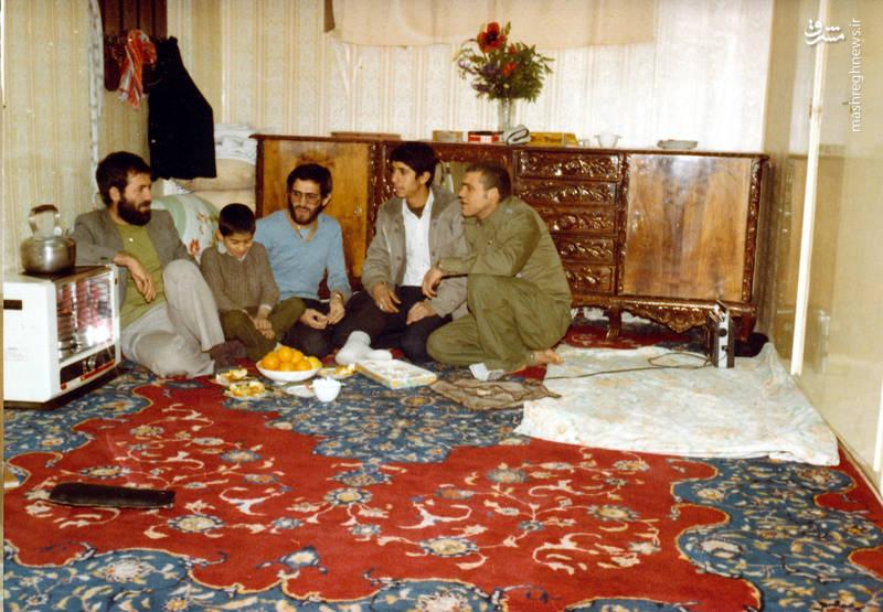 از راست: تقی رستگار مقدم، ناشناخته، شهید سید محدرضا دستواره، ناشناخته، شهید رضا چراغی