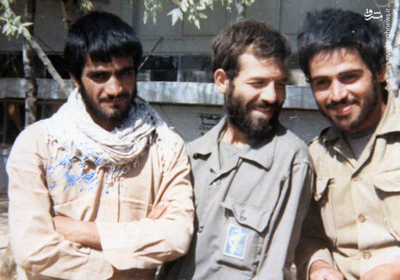 از راست: جعفر جهروتی زاده،  شهید رضا چراغی، ناشناخته