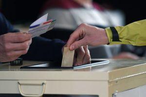 اعلام نتایج اولیه انتخابات فرانسه تا امشب