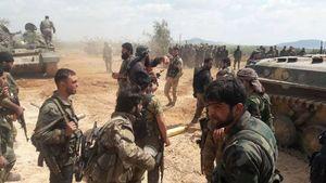 نیروهای سوری و جبهه مقاومت به دروازه جنوبی شهر  راهبردی اللطمانه رسیدند+ نقشه و عکس