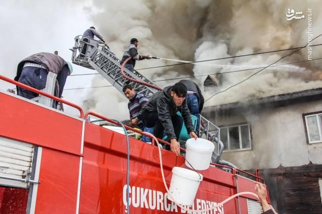 تصاویر/مشارکت دهها هزار نفر برای خاموش کردن آتش 2786032