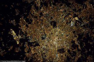 عکس/ شبهای پاریس را از فضا ببینید!